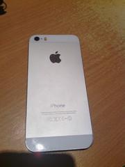 Мобильный телефон Apple iPhone 5s (16Gb)